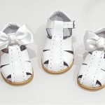 Spanish Leather Removable Bow Sandals in White